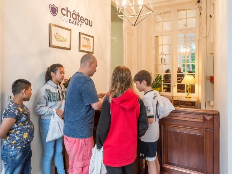 Checking in for your château school trip